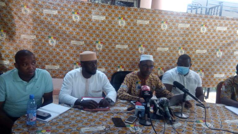 Affaire Madame KEITA Fatoumata SANGHO de la BDM: le SYNABEF geigne une entrave à la liberté syndicale