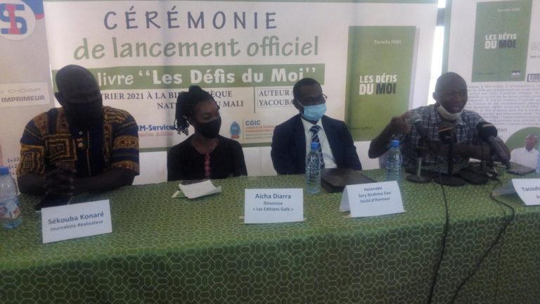 Livre » les défis du Moi»: Yacouba Dao fixe son empreinte sur la scène bibliographique du Mali