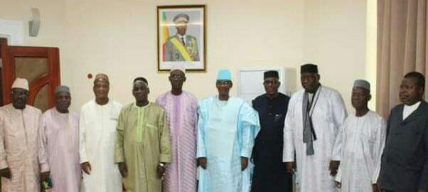 PRIMATURE : Les responsables universitaires sous la conduite du Pr. Amadou Keita reçus par le PM Choguel K Maiga